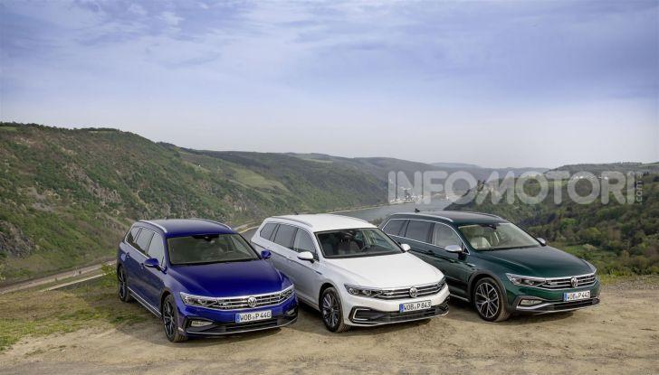 Volkswagen Passat 2019, nuovo design e motori - Foto 38 di 41