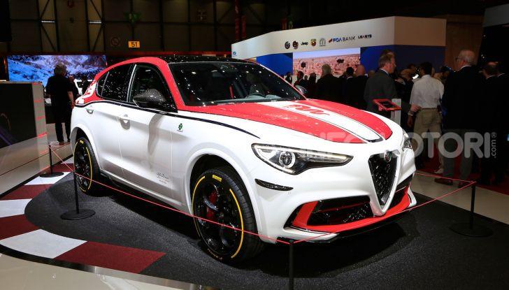 """Alfa Romeo Giulia Quadrifoglio e Stelvio Quadrifoglio: nuove serie speciali """"Alfa Romeo Racing"""" - Foto 1 di 18"""