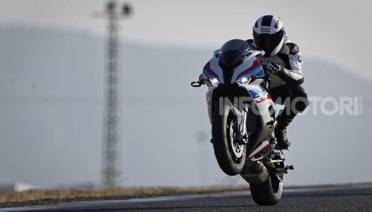 BMW S 1000 RR 2019: più veloce, leggera e guidabile - Foto 1 di 14