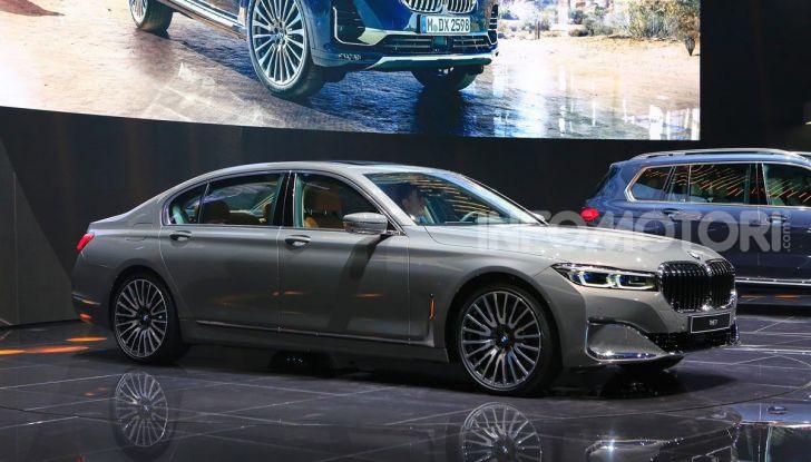 Nuova BMW Serie 7 2019: un restyling imperioso per l'ammiraglia tedesca - Foto 37 di 43