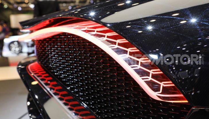 Bugatti La Voiture Noire: supercar da 11 milioni di euro - Foto 14 di 32