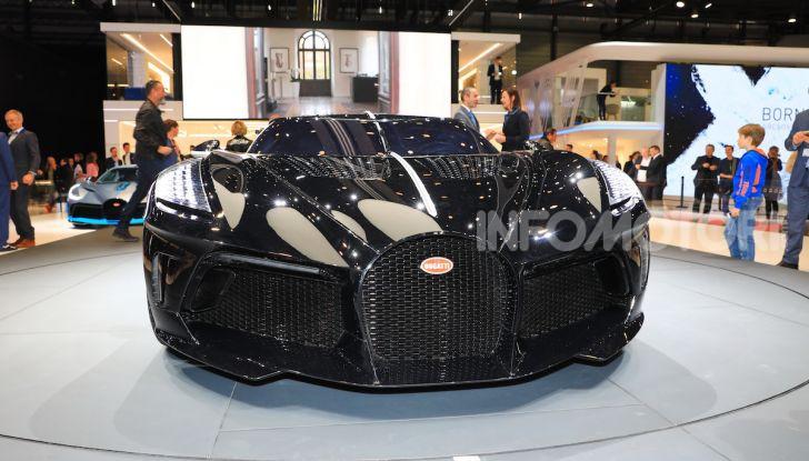 Bugatti La Voiture Noire: supercar da 11 milioni di euro - Foto 17 di 32