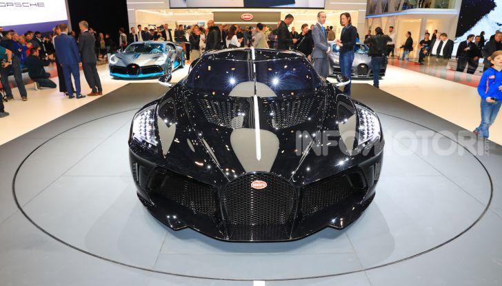 Bugatti La Voiture Noire: supercar da 11 milioni di euro - Foto 18 di 32