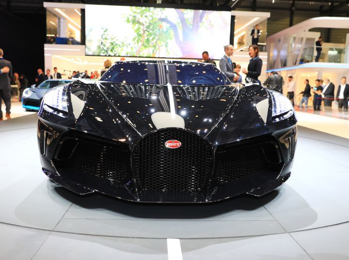 Bugatti La Voiture Noire: supercar da 11 milioni di euro