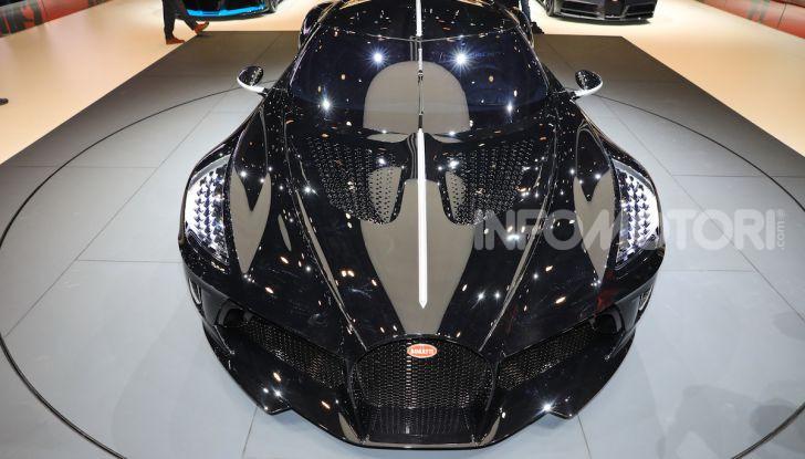 Bugatti La Voiture Noire: supercar da 11 milioni di euro - Foto 21 di 32