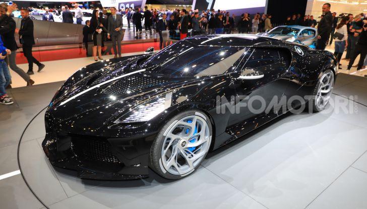 Bugatti La Voiture Noire: supercar da 11 milioni di euro - Foto 2 di 32