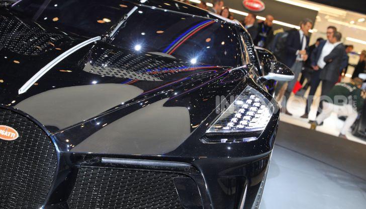 Bugatti La Voiture Noire: supercar da 11 milioni di euro - Foto 20 di 32