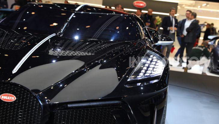 Bugatti La Voiture Noire: supercar da 11 milioni di euro - Foto 27 di 32