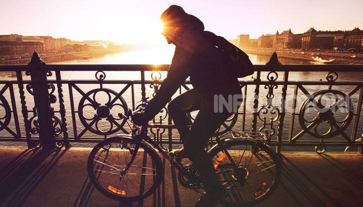 De Bertoldi: ciclisti solo con casco, assicurazione e targa - Foto 12 di 13