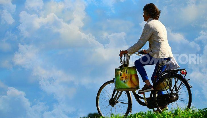 De Bertoldi: ciclisti solo con casco, assicurazione e targa - Foto 13 di 13