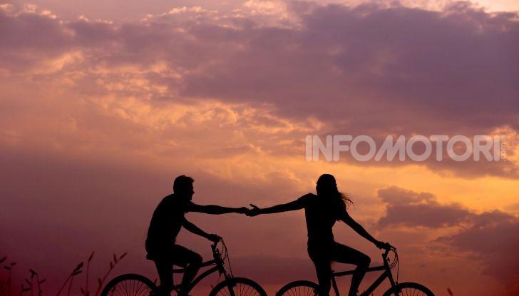 De Bertoldi: ciclisti solo con casco, assicurazione e targa - Foto 6 di 13