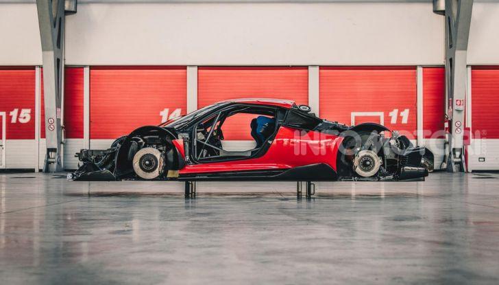 Ferrari P80/C: la one-off di Maranello per abbattere i limiti della tecnica - Foto 8 di 14