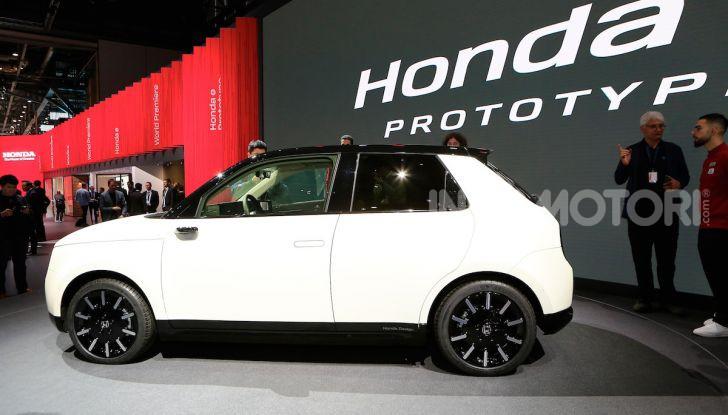 Honda E: la nuova city car per il mercato europeo - Foto 12 di 13