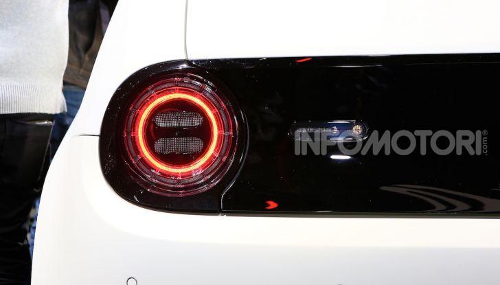 Honda e-Prototype: la nuova auto elettrica giapponese - Foto 8 di 13