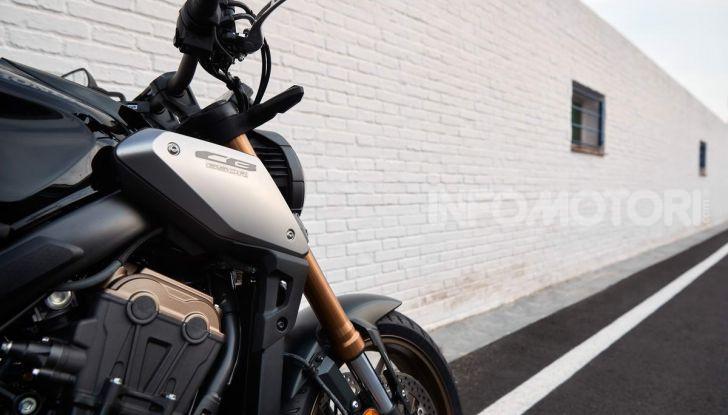 Prova su strada Honda CB650R e CBR650R 2019, caratteristiche, prezzi ed opinioni - Foto 5 di 78