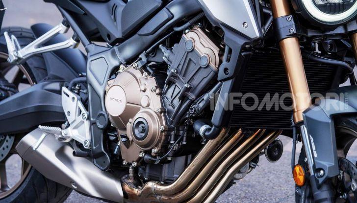 Prova su strada Honda CB650R e CBR650R 2019, caratteristiche, prezzi ed opinioni - Foto 9 di 78