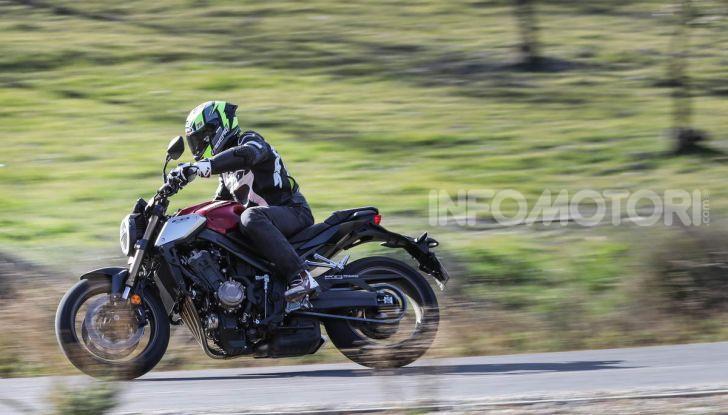 Prova su strada Honda CB650R e CBR650R 2019, caratteristiche, prezzi ed opinioni - Foto 15 di 78
