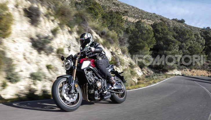 Prova su strada Honda CB650R e CBR650R 2019, caratteristiche, prezzi ed opinioni - Foto 21 di 78