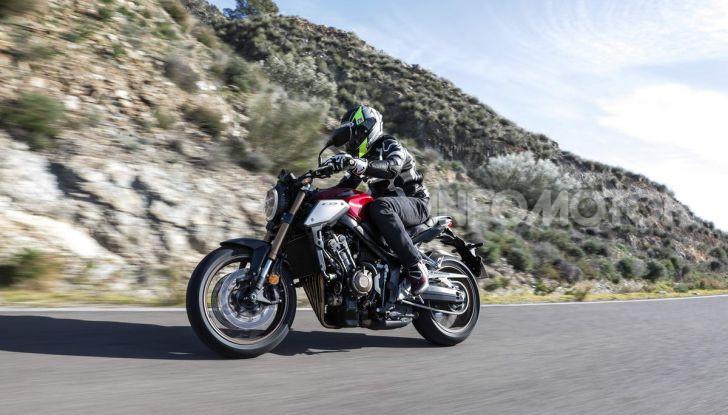 Prova su strada Honda CB650R e CBR650R 2019, caratteristiche, prezzi ed opinioni - Foto 22 di 78