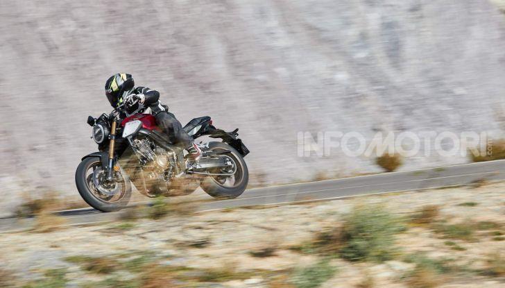 Prova su strada Honda CB650R e CBR650R 2019, caratteristiche, prezzi ed opinioni - Foto 27 di 78
