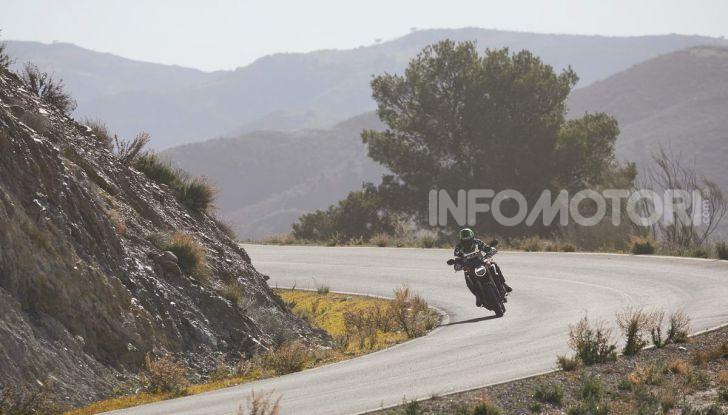 Prova su strada Honda CB650R e CBR650R 2019, caratteristiche, prezzi ed opinioni - Foto 31 di 78