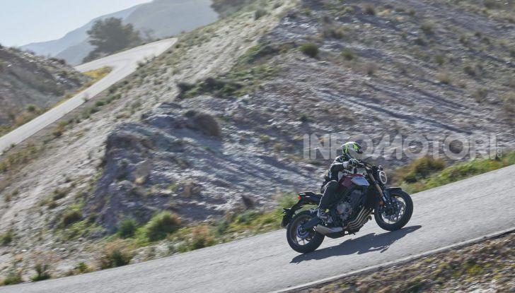 Prova su strada Honda CB650R e CBR650R 2019, caratteristiche, prezzi ed opinioni - Foto 32 di 78