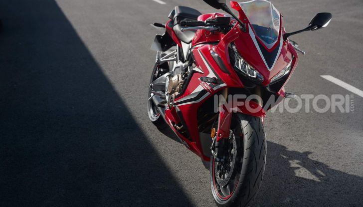 Prova su strada Honda CB650R e CBR650R 2019, caratteristiche, prezzi ed opinioni - Foto 45 di 78