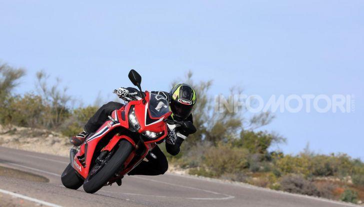 Prova su strada Honda CB650R e CBR650R 2019, caratteristiche, prezzi ed opinioni - Foto 53 di 78