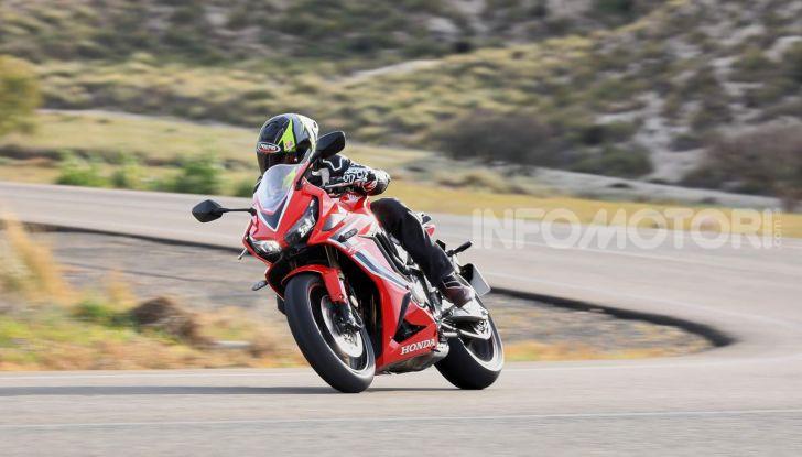 Prova su strada Honda CB650R e CBR650R 2019, caratteristiche, prezzi ed opinioni - Foto 55 di 78