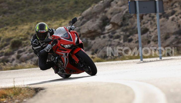 Prova su strada Honda CB650R e CBR650R 2019, caratteristiche, prezzi ed opinioni - Foto 58 di 78
