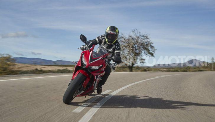 Prova su strada Honda CB650R e CBR650R 2019, caratteristiche, prezzi ed opinioni - Foto 59 di 78