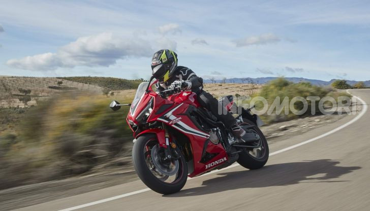 Prova su strada Honda CB650R e CBR650R 2019, caratteristiche, prezzi ed opinioni - Foto 60 di 78