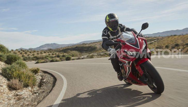 Prova su strada Honda CB650R e CBR650R 2019, caratteristiche, prezzi ed opinioni - Foto 64 di 78