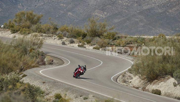 Prova su strada Honda CB650R e CBR650R 2019, caratteristiche, prezzi ed opinioni - Foto 69 di 78