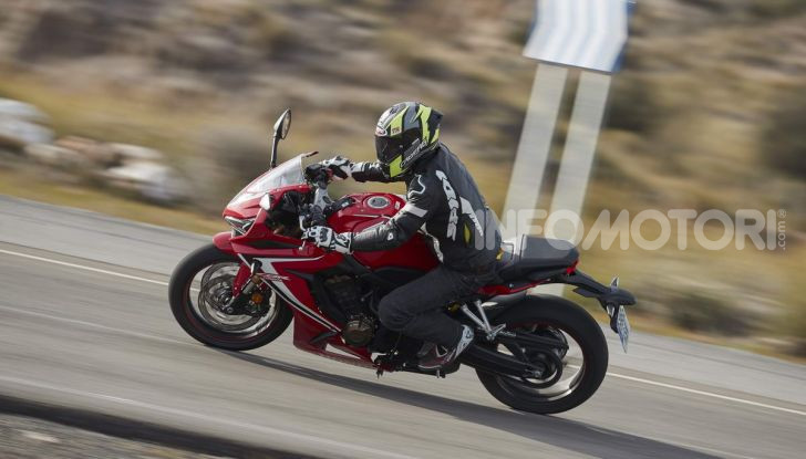 Prova su strada Honda CB650R e CBR650R 2019, caratteristiche, prezzi ed opinioni - Foto 75 di 78