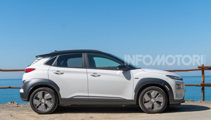 Hyundai Kona Electric: il suo valore residuo cresce del 6,4% - Foto 17 di 46
