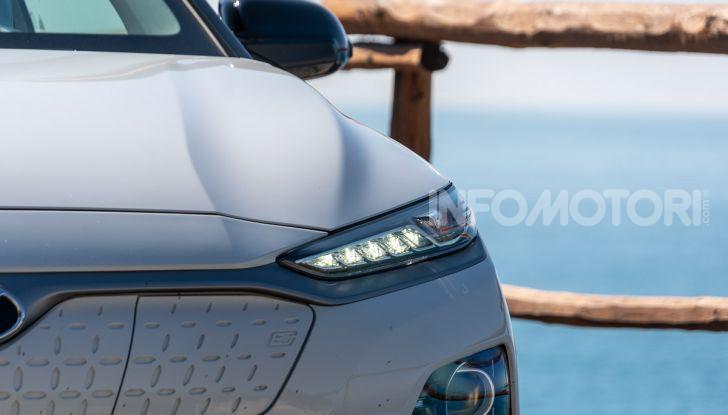 Prova su strada Hyundai Kona Electric, il B-SUV elettrico a prova di vacanza - Foto 20 di 46
