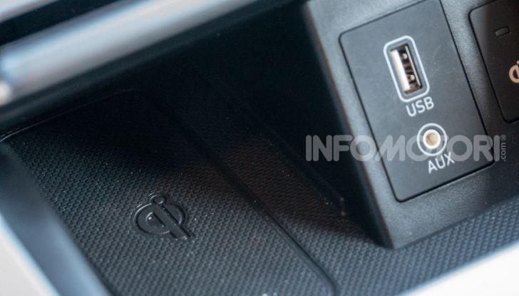 Prova su strada Hyundai Kona Electric, il B-SUV elettrico a prova di vacanza - Foto 30 di 46