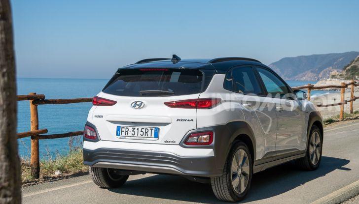 Prova su strada Hyundai Kona Electric, il B-SUV elettrico a prova di vacanza - Foto 45 di 46