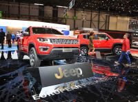Jeep Renegade e Compass PHEV con tecnologia ibrida plug-in