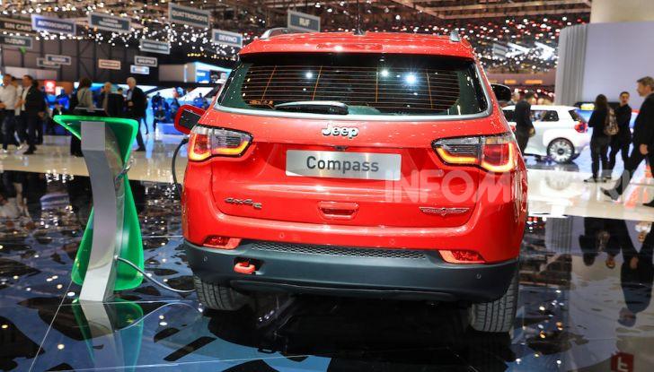 Jeep Compass e Renegade 4Xe: al via le ordinazioni - Foto 12 di 28