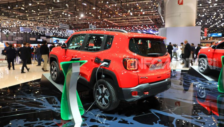 Jeep Compass e Renegade 4Xe: al via le ordinazioni - Foto 24 di 28