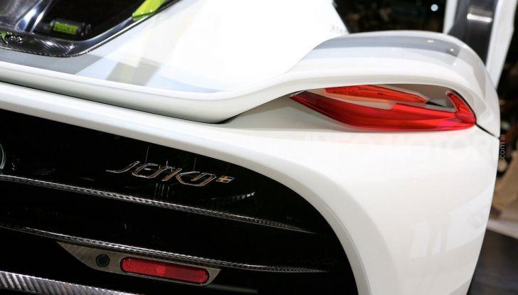 Koenigsegg Jesko, supercar a etanolo da 1.600 CV - Foto 12 di 17