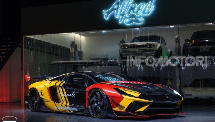 Lamborghini Aventador Liberty Walk, tuning da auto da corsa - Foto 1 di 10