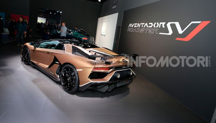 Lamborghini Aventador SVJ Roadster - Foto 13 di 15