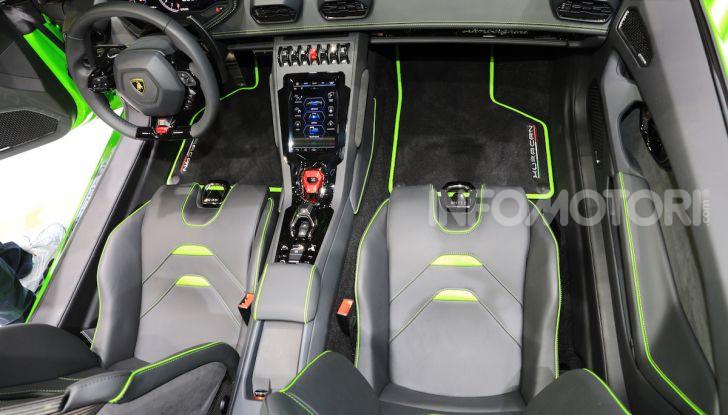 Lamborghini Huracán EVO Spyder - Foto 25 di 32