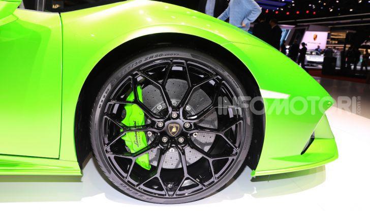 Lamborghini Huracán EVO Spyder - Foto 26 di 32