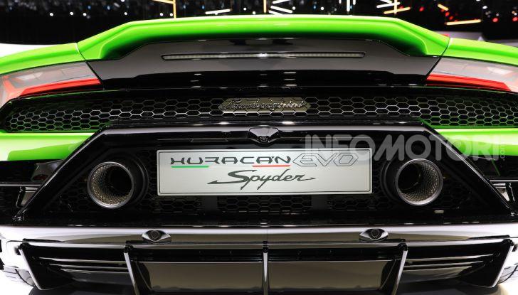 Lamborghini Huracán EVO Spyder - Foto 29 di 32
