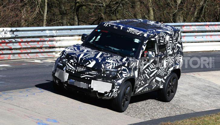 Nuova Land Rover Defender 2020, nuove immagini dei test dinamici - Foto 3 di 18