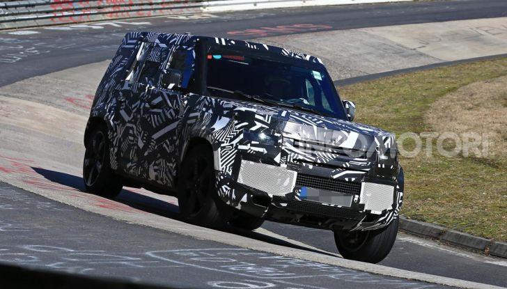 Nuova Land Rover Defender 2020, nuove immagini dei test dinamici - Foto 2 di 18
